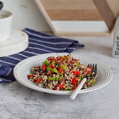 双椒紫菜烩高粱米
