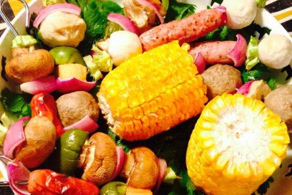 西兰花茎少许 茄子心适量 口蘑适量 辅料  花生油一小勺 什锦烤