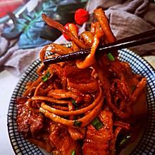 萝卜干焖五花肉