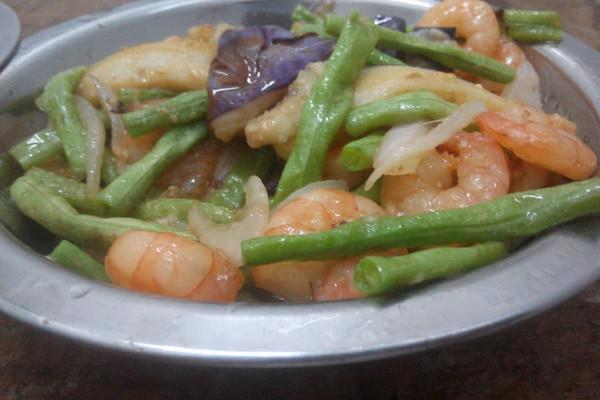 茄子豆角炒虾仁的做法