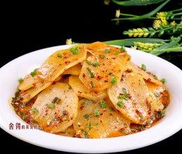 土豆片这样做吃起来特别爽,特别香,容易做的做法