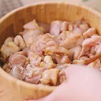 台湾经典小吃盐酥鸡,一口就酥到心里的做法图解3