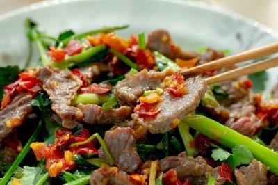 香菜炒牛肉|嫩滑鲜香
