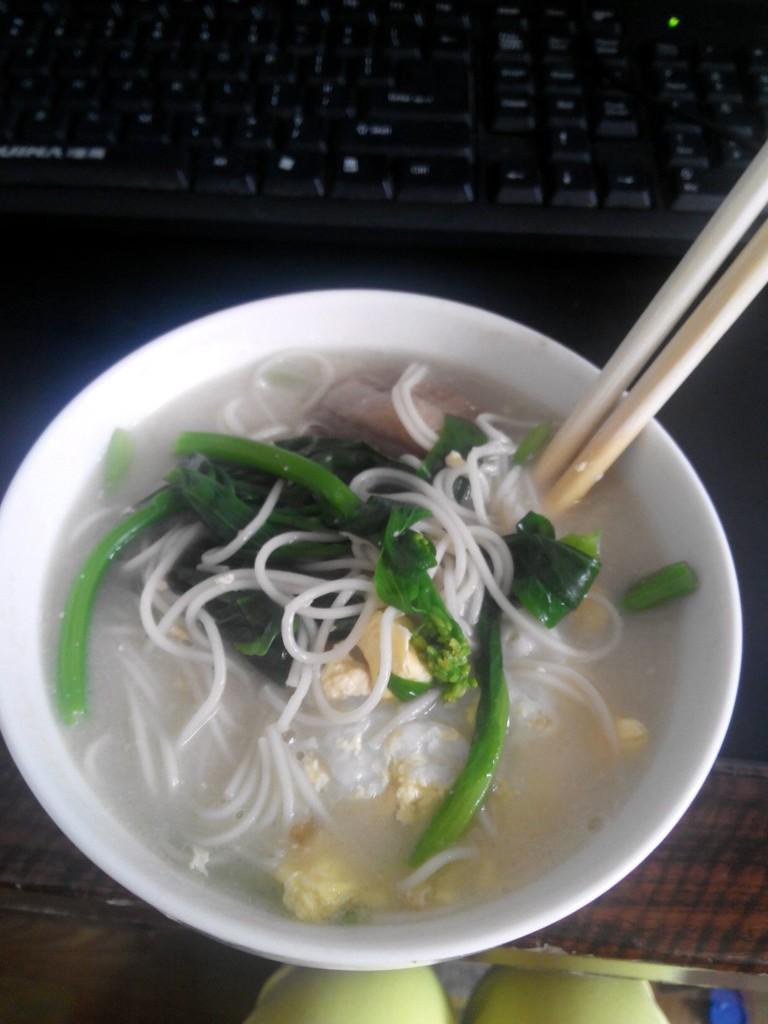 清汤面的做法图解1