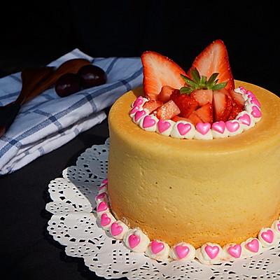 草莓奶油蛋糕杯