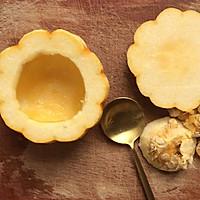 美妙的夏日甜品:小南瓜蒸蛋奶的做法图解2
