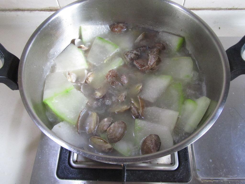 蛤蜊冬瓜汤的做法图解8