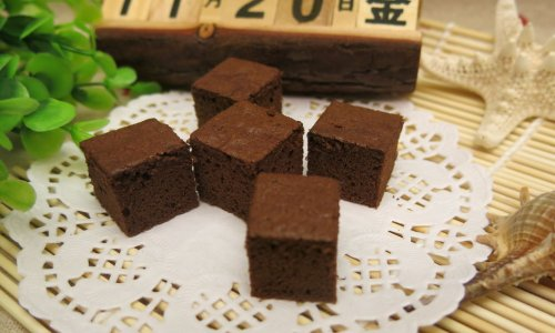 可可小方块海绵蛋糕的做法
