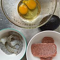 #monbento为减脂季撑腰#牛油果双肉鸡蛋卷的做法图解1
