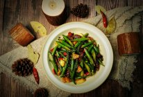 #我们约饭吧#低脂美味~腊肉炒芦笋的做法