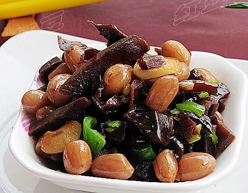 花生米炒咸菜