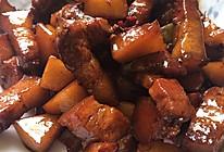 不用油的红烧肉烧土豆的做法