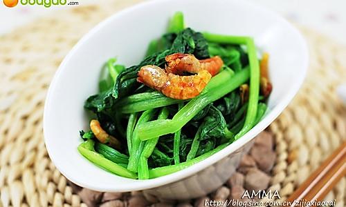 一款应季的塑身减肥快炒——海米菠菜的做法