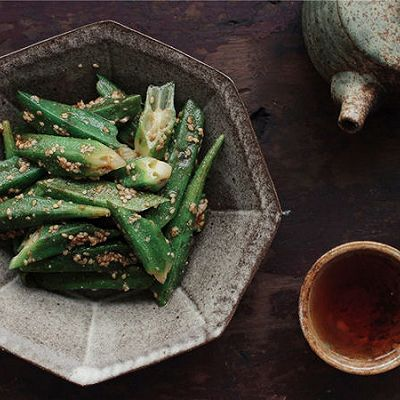 桌饭年夜菜 | 芝麻酱油拌秋葵