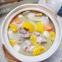 玉米山药排骨汤,补脾胃又润燥