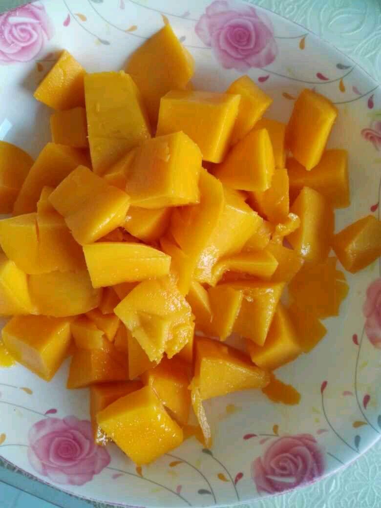 盒子芒果千层蛋糕的做法步骤
