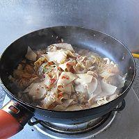 【大喜大牛肉粉试用之二】----辣白菜烧豆皮的做法图解8