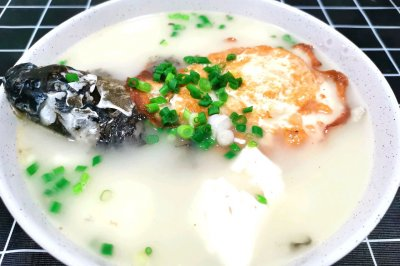 鯽魚豆腐湯,每周一次提高免疫力