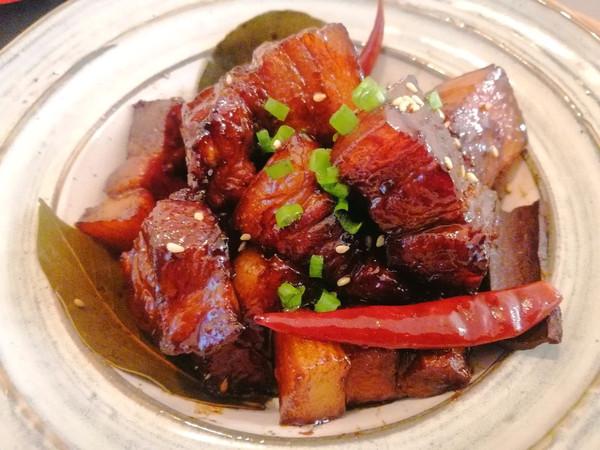 一分钟学会好吃不油不腻的快手红烧肉的做法