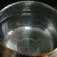 凉拌豆芽的做法图解2