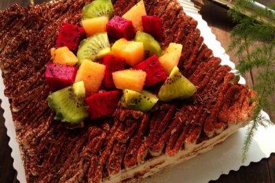 栗子蓉裱花生日蛋糕