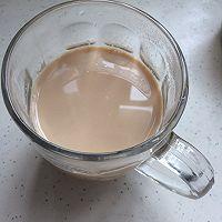 雀巢鹰唛炼奶—快手奶茶的做法图解7