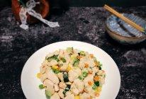 #花10分钟,做一道菜!#【炒】宝宝添饭必备-五彩鸡丁的做法