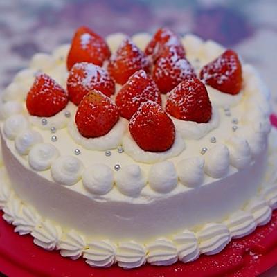 草莓戚风奶油蛋糕(8寸)