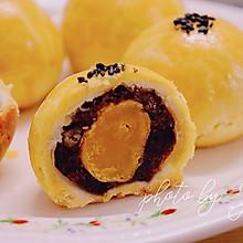 #巨下饭的家常菜#蛋黄酥:真酥掉渣,猪油详解版!