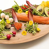 小薇de美食|圣诞海鲜寿司的做法图解1
