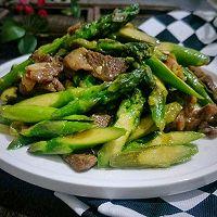 猪肉炒芦笋的做法图解10