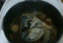 压胖头鱼头汤的做法