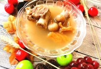 干鳄鱼肉南北杏无花果瘦肉汤的做法