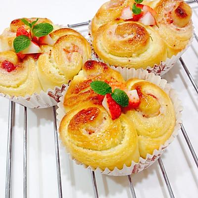 草莓乳酪面包