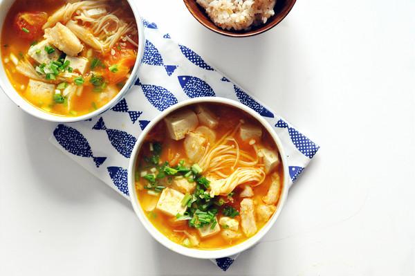 番茄巴沙鱼豆腐煲的做法