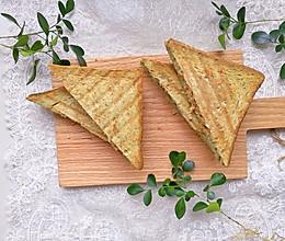 #肉食者联盟#抹茶吐司鸡肉帕尼尼#麦子厨房早餐机#的做法