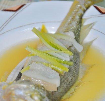 酒香黄鱼的做法