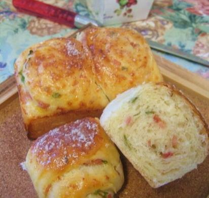 火腿芝士面包卷