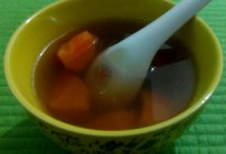 四季海星海底椰胡萝卜枸杞汤的做法