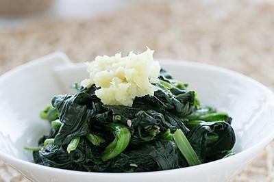 三分钟做出冬日里的爽口小菜----温拌姜汁菠菜