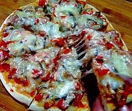平底锅+炭炉子=披萨的做法