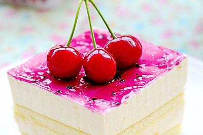 为炎热的夏季带来一抹清凉——樱桃芒果慕斯