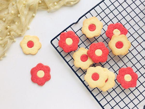 #520,美食撩动TA的心!#花朵饼干的做法