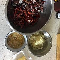 蒜蓉小龙虾的做法图解1