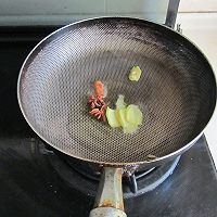 糖醋菜中具有代表性的传统菜---糖醋排骨的做法图解1