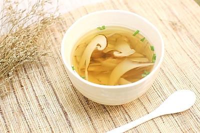 松茸清汤—迷迭香