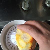 宝宝快手早餐之橙味饼的做法图解2
