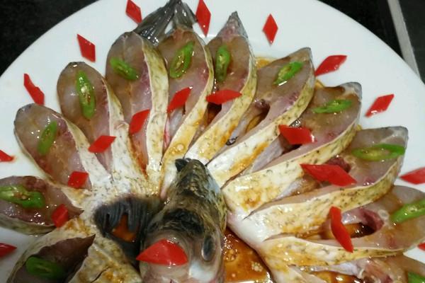 做法鱼的孔雀_【做好】排骨鱼做图解烤整孔雀的做法大全集图片