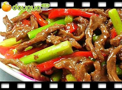 泡椒芹菜牛肉丝的做法