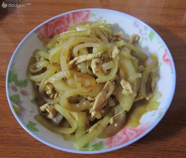 鸡丝炒洋葱的做法